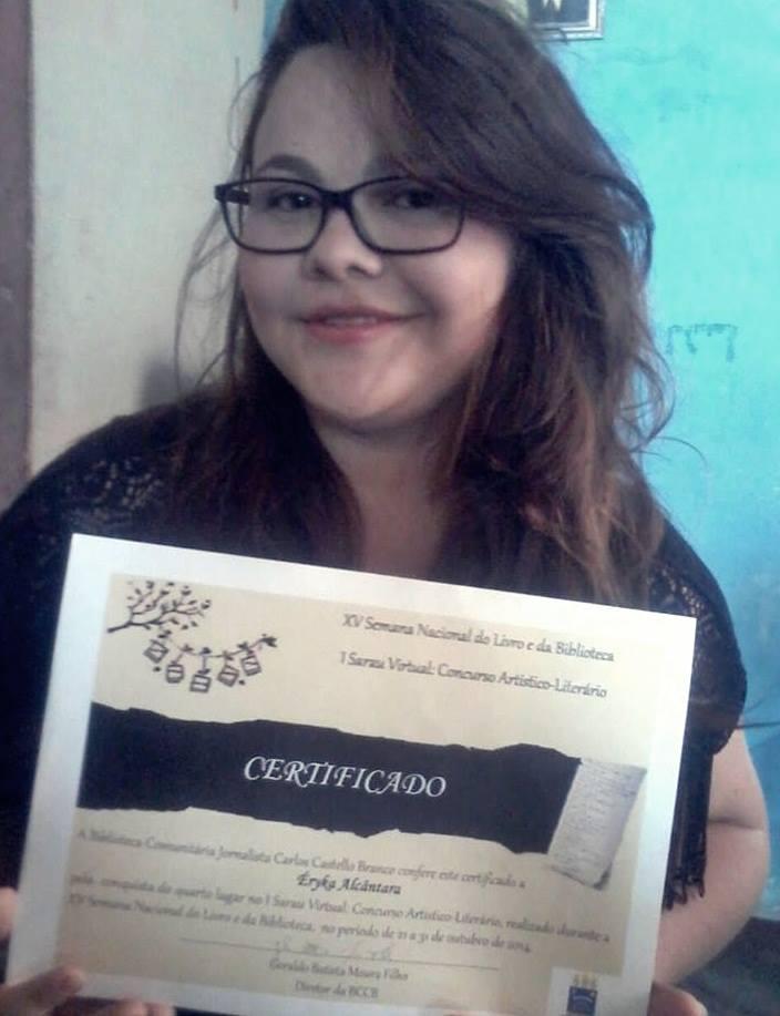 Éryka Alcântara - vencedora do I Sarau Virtual realizado pela UFPI